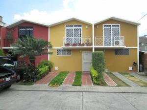 Casa En Venta En Charallave, Valles De Chara, Venezuela, VE RAH: 17-7118