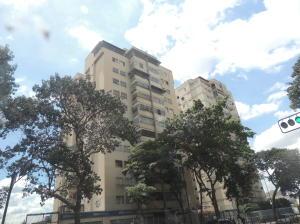 Apartamento En Venta En Caracas, Guaicaipuro, Venezuela, VE RAH: 17-7152