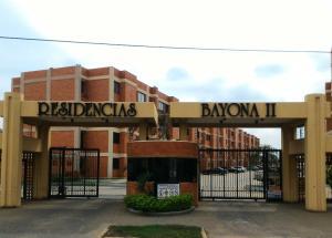 Apartamento En Venta En Maracaibo, Avenida Milagro Norte, Venezuela, VE RAH: 17-7159