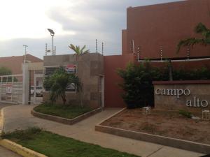 Townhouse En Venta En Maracaibo, Ciudadela Faria, Venezuela, VE RAH: 17-7117