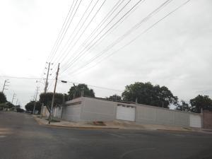 Casa En Venta En Maracaibo, Monte Claro, Venezuela, VE RAH: 17-7157