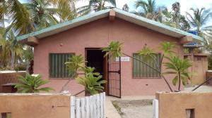 Casa En Venta En Boca De Uchire, Asuclub, Venezuela, VE RAH: 17-7163