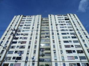 Apartamento En Venta En Barquisimeto, Club Hipico Las Trinitarias, Venezuela, VE RAH: 17-7179