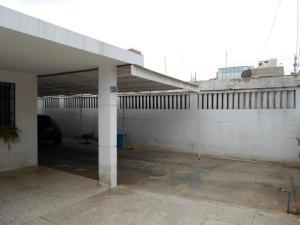 Casa En Venta En Maracaibo, La Estrella, Venezuela, VE RAH: 17-7177