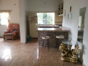 Casa En Venta En Caracas, Petare, Venezuela, VE RAH: 17-7499