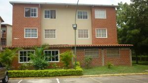 Apartamento En Venta En Guatire, Valle Grande, Venezuela, VE RAH: 17-7228