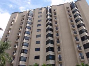 Apartamento En Venta En Caracas, El Rosal, Venezuela, VE RAH: 17-7230