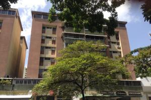 Apartamento En Venta En Caracas, Santa Fe Norte, Venezuela, VE RAH: 17-7259