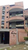 Apartamento En Venta En Caracas, Miranda, Venezuela, VE RAH: 17-7373