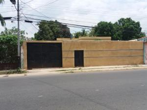 Casa En Venta En Municipio Libertador, Rafael Pocaterra, Venezuela, VE RAH: 17-7339