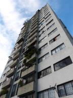 Apartamento En Venta En Caracas, Guaicay, Venezuela, VE RAH: 17-7703