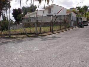 Terreno En Venta En Caracas, Las Esmeraldas, Venezuela, VE RAH: 14-9955