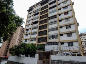 Apartamento En Venta En Caracas, Santa Monica, Venezuela, VE RAH: 17-7275