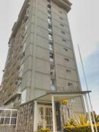 Apartamento En Venta En Caracas, Colinas De Santa Monica, Venezuela, VE RAH: 17-7254