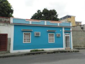 Casa En Venta En Cagua, Centro, Venezuela, VE RAH: 17-7347