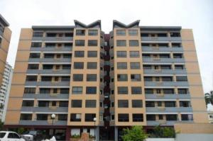Apartamento En Venta En Valencia, Agua Blanca, Venezuela, VE RAH: 17-7389