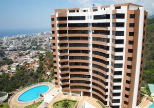 Apartamento En Ventaen Parroquia Caraballeda, La Llanada, Venezuela, VE RAH: 17-7410
