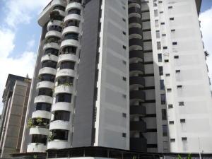 Apartamento En Venta En Caracas, Lomas Del Avila, Venezuela, VE RAH: 17-7432