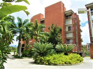 Apartamento En Venta En Caracas, Villa Nueva Hatillo, Venezuela, VE RAH: 17-7450