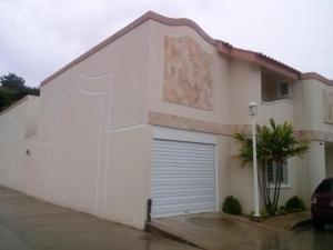 Townhouse En Ventaen Maracaibo, Juana De Avila, Venezuela, VE RAH: 17-7490