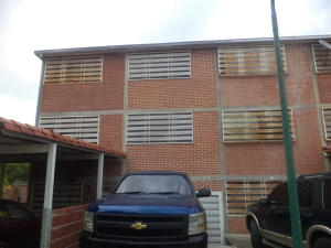 Townhouse En Venta En Guatire, Bonaventure Country, Venezuela, VE RAH: 17-6702