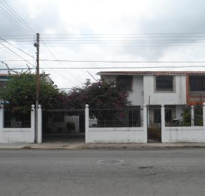 Casa En Venta En Municipio Naguanagua, La Campina I, Venezuela, VE RAH: 17-7523
