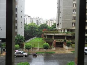 En Venta En Caracas - Terrazas del Avila Código FLEX: 17-7575 No.10