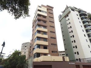 Apartamento En Venta En Caracas, Las Acacias, Venezuela, VE RAH: 17-7573