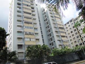Apartamento En Venta En Caracas, Los Palos Grandes, Venezuela, VE RAH: 17-7578