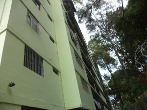 Apartamento En Venta En Caracas, Caricuao, Venezuela, VE RAH: 17-7579