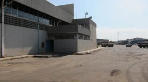 Local Comercial En Alquiler En Maracaibo, Carretera A Perija, Venezuela, VE RAH: 17-7580
