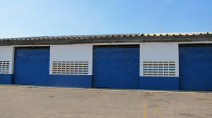 Local Comercial En Alquiler En Maracaibo, Carretera A Perija, Venezuela, VE RAH: 17-7582