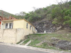 Casa En Venta En Municipio San Diego, La Esmeralda, Venezuela, VE RAH: 17-7586