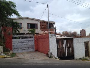 Casa En Venta En Maracaibo, Valle Frio, Venezuela, VE RAH: 17-7637