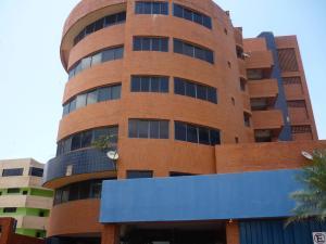 Apartamento En Venta En Tucacas, Tucacas, Venezuela, VE RAH: 17-7645