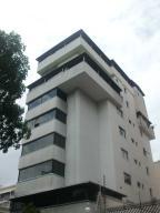 Apartamento En Venta En Caracas, Las Acacias, Venezuela, VE RAH: 17-7654
