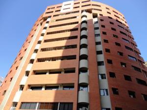 Apartamento En Venta En Municipio Naguanagua, Maã±Ongo, Venezuela, VE RAH: 17-7656