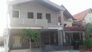 Townhouse En Venta En Ciudad Ojeda, Barrio Libertad, Venezuela, VE RAH: 17-7668