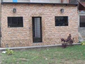 Apartamento En Venta En Caracas, Palo Verde, Venezuela, VE RAH: 17-7674