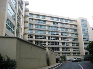 Apartamento En Venta En Caracas, Lomas De Las Mercedes, Venezuela, VE RAH: 17-7711