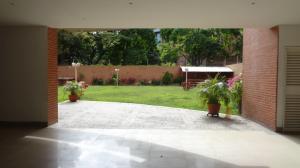 En Venta En Caracas - El Rosal Código FLEX: 17-7746 No.14