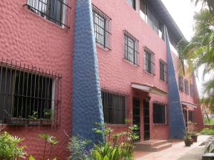 Townhouse En Venta En Caracas, Parque Caiza, Venezuela, VE RAH: 17-7781