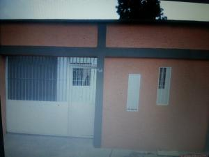 Casa En Venta En Maracay, La Cooperativa, Venezuela, VE RAH: 17-7805