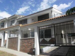 Casa En Venta En Valencia, Trigal Norte, Venezuela, VE RAH: 17-7806