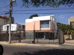 Oficina En Alquiler En Maracaibo, Virginia, Venezuela, VE RAH: 17-7820
