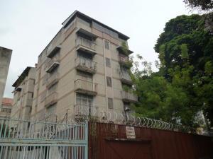 Apartamento En Venta En Caracas, San Bernardino, Venezuela, VE RAH: 17-7835