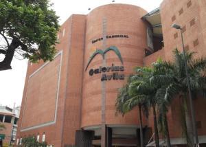 Local Comercial En Ventaen Caracas, San Bernardino, Venezuela, VE RAH: 17-7873