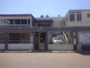 Local Comercial En Ventaen Punto Fijo, Santa Fe, Venezuela, VE RAH: 17-7881