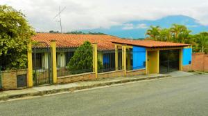 Casa En Ventaen Caracas, Prados Del Este, Venezuela, VE RAH: 17-7897