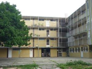 Apartamento En Venta En Valencia, La Isabelica, Venezuela, VE RAH: 17-7913